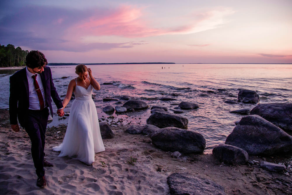 Lakeview Hecla Resort wedding photos